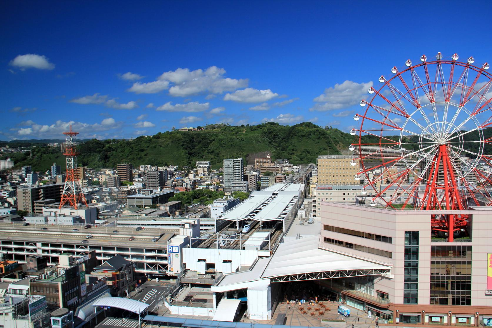 The hop-on hop-off Kagoshima City View buses are convenient for sightseeing in the City.-1