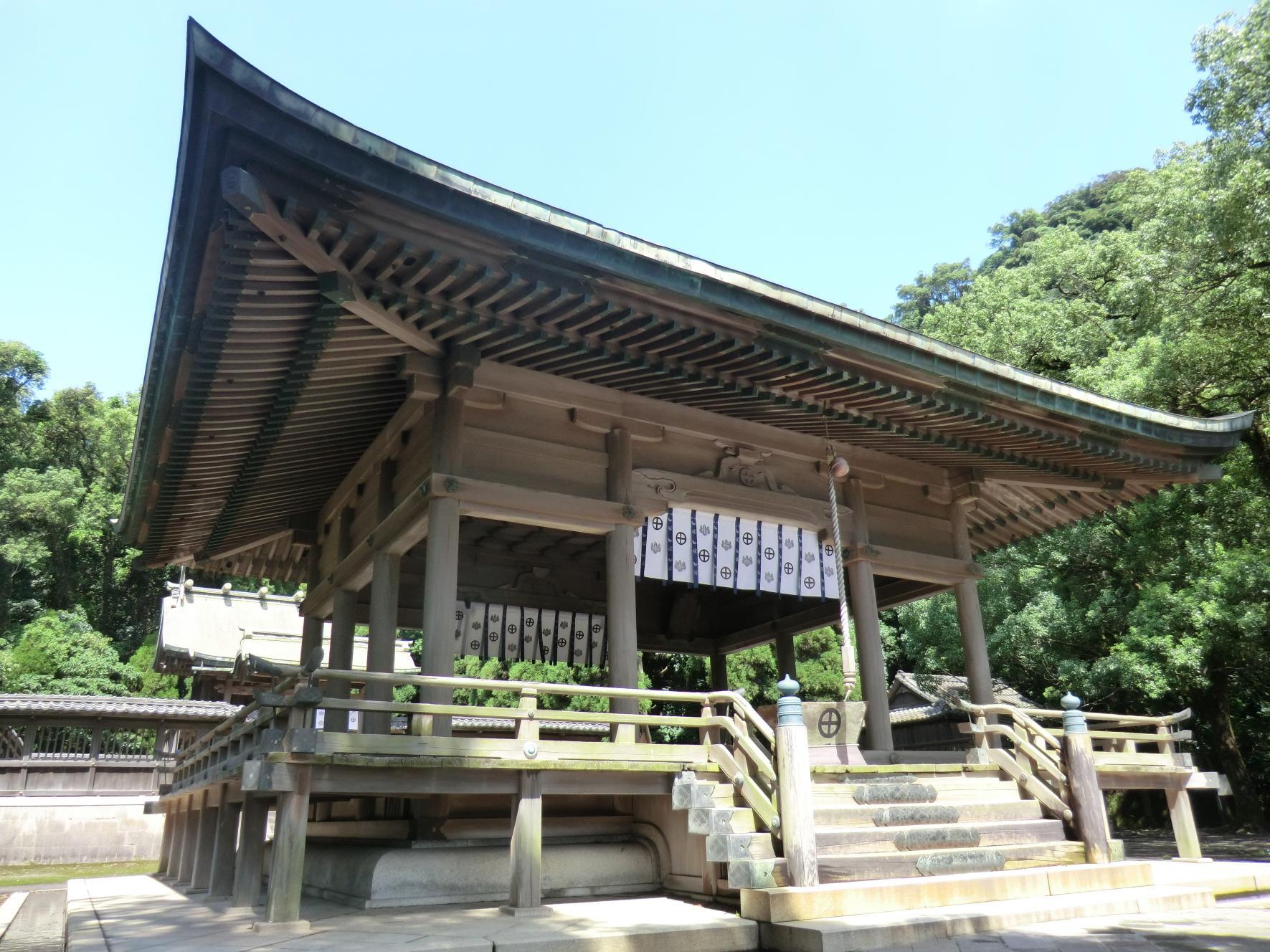 Tsurugane Shrine-1