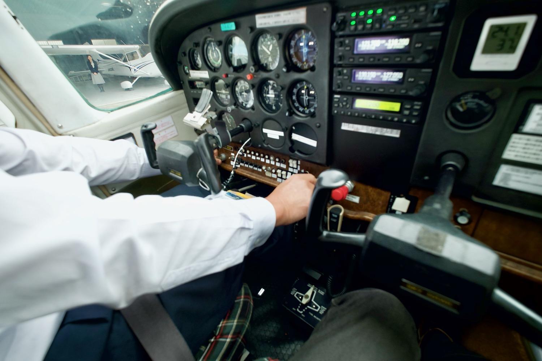 機内に乗り込んだら、いよいよ離陸の準備!-2