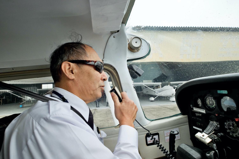 機内に乗り込んだら、いよいよ離陸の準備!-4