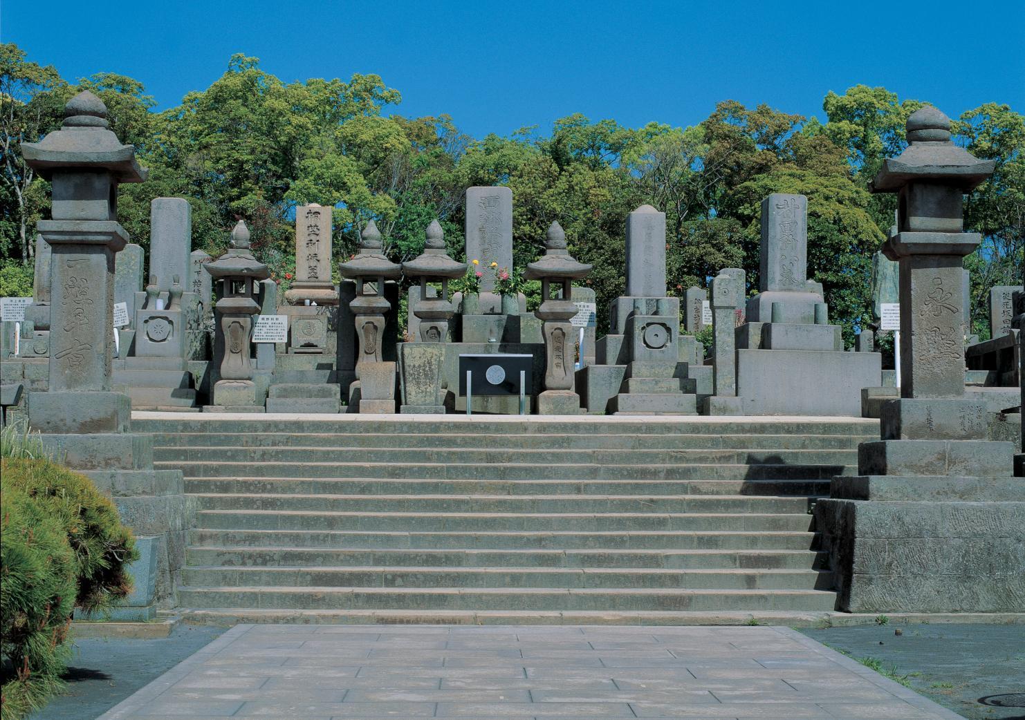コース4【オプション1】:西郷らが眠る南洲墓地-1