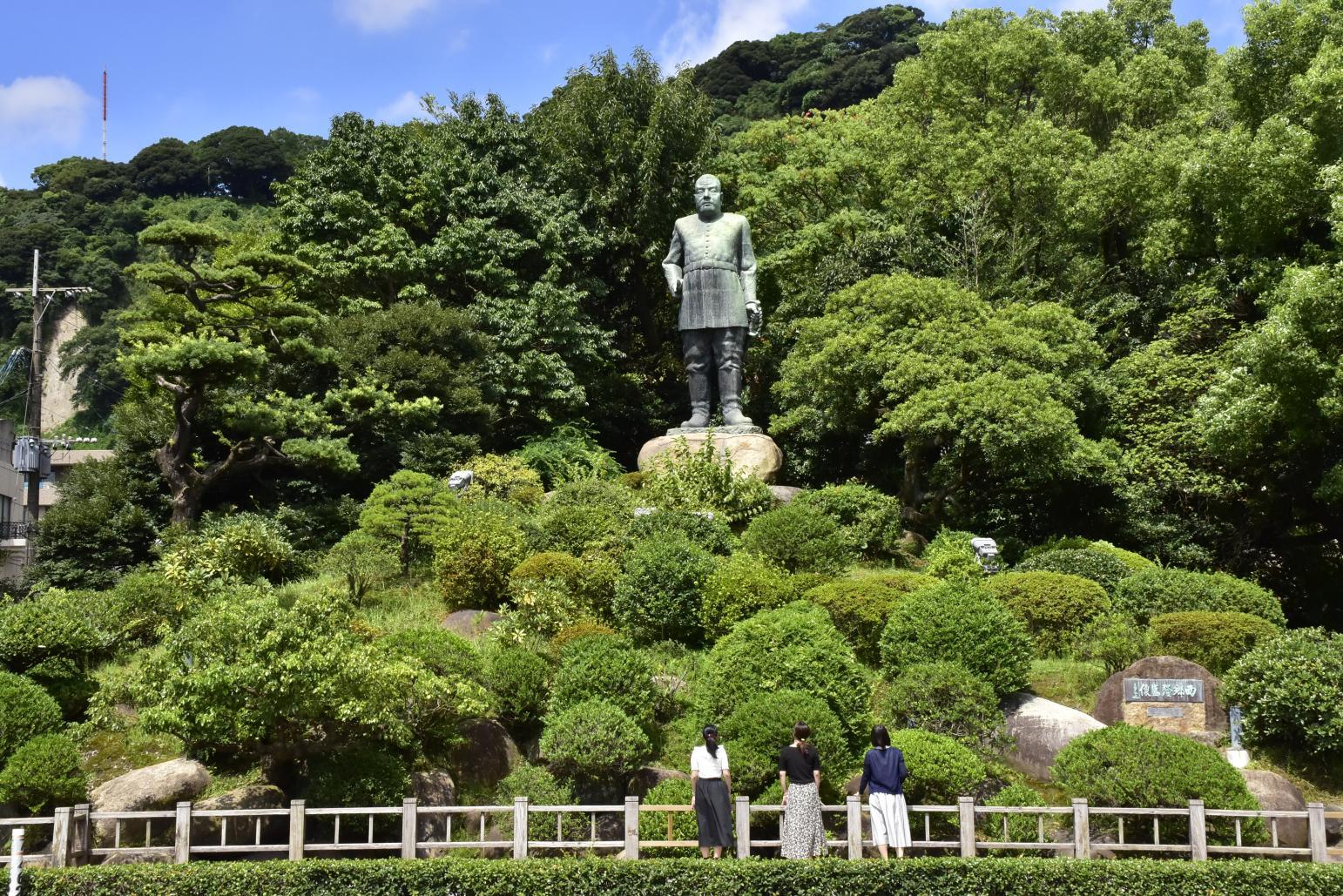 西郷隆盛銅像-2
