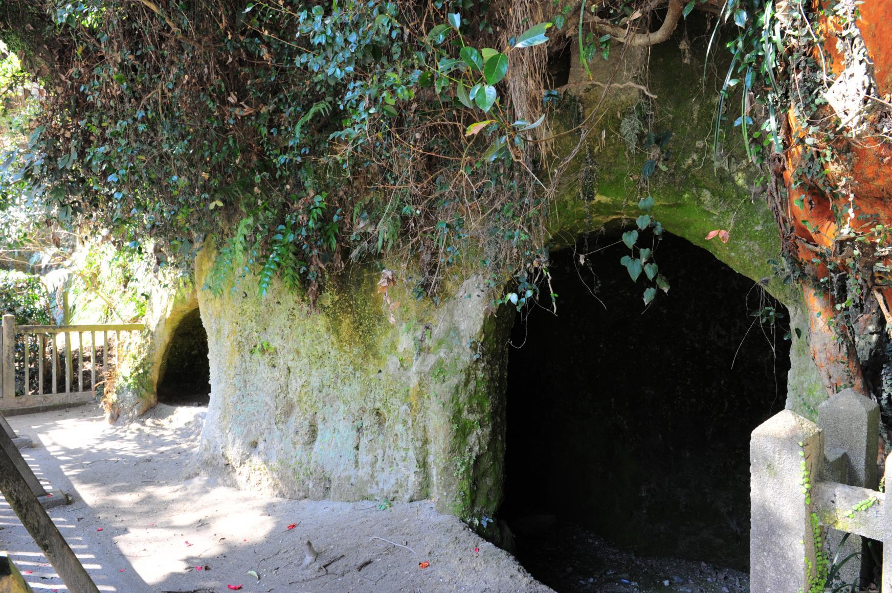 西郷洞窟-2