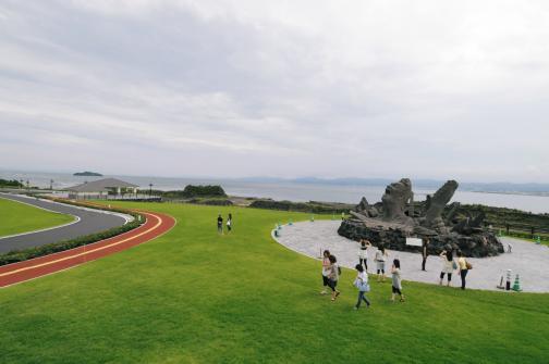赤水展望広場・桜島オールナイトコンサート記念モニュメント「叫びの肖像」-7