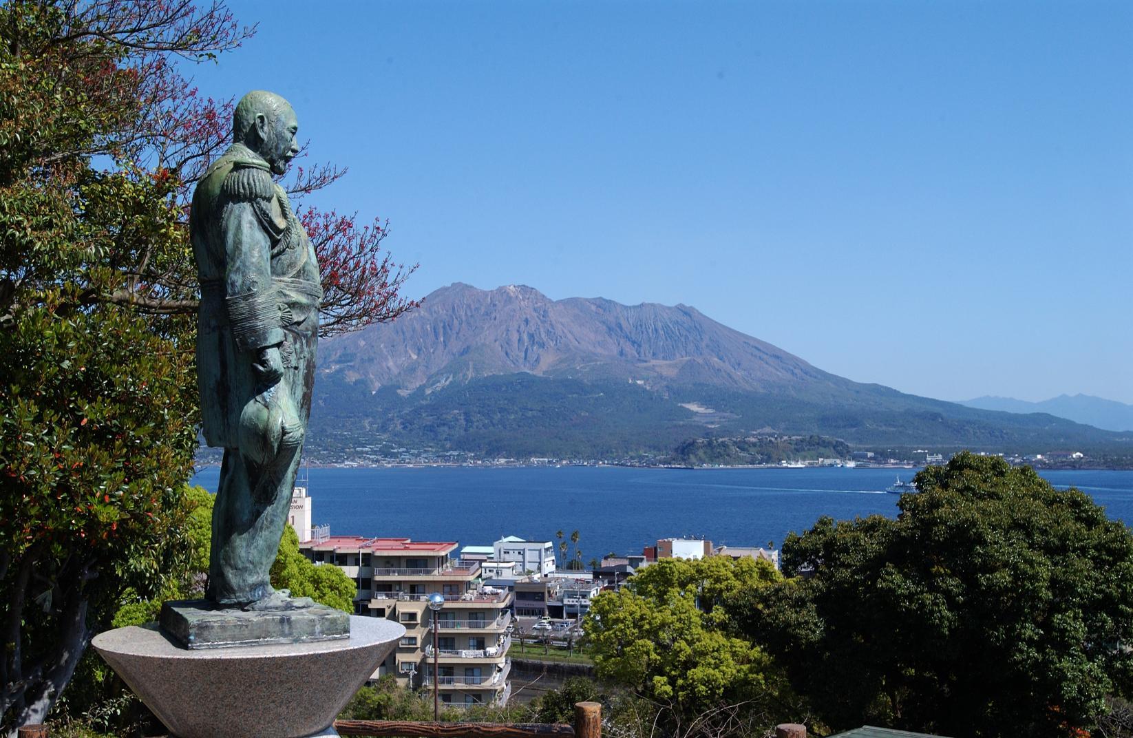 東郷平八郎銅像-0