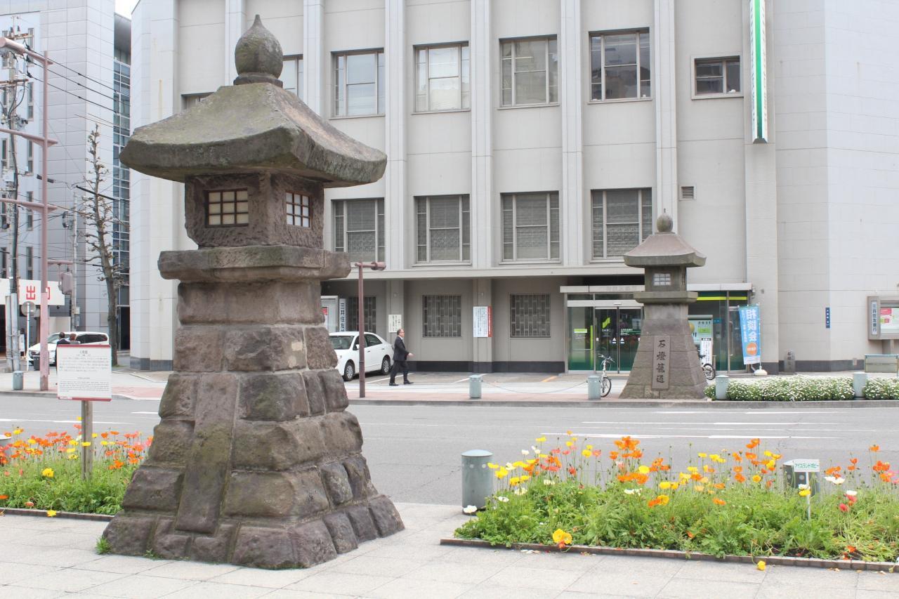石燈籠-1