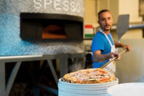 Pizzeria e Trattoria SPESSO-0