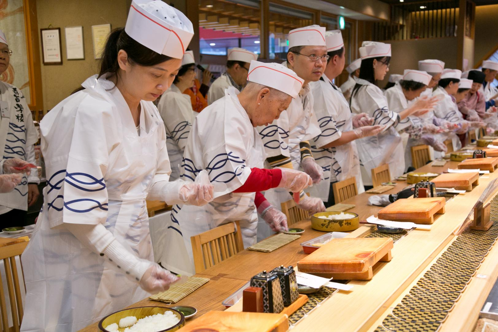 Making your own Sushi! (Sushi Chef Experience)-1