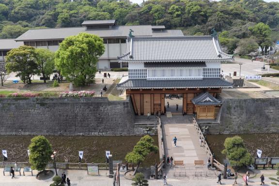鶴丸城 御楼門-2